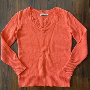 Old Navy Coral Colored V-neck Sweater Small